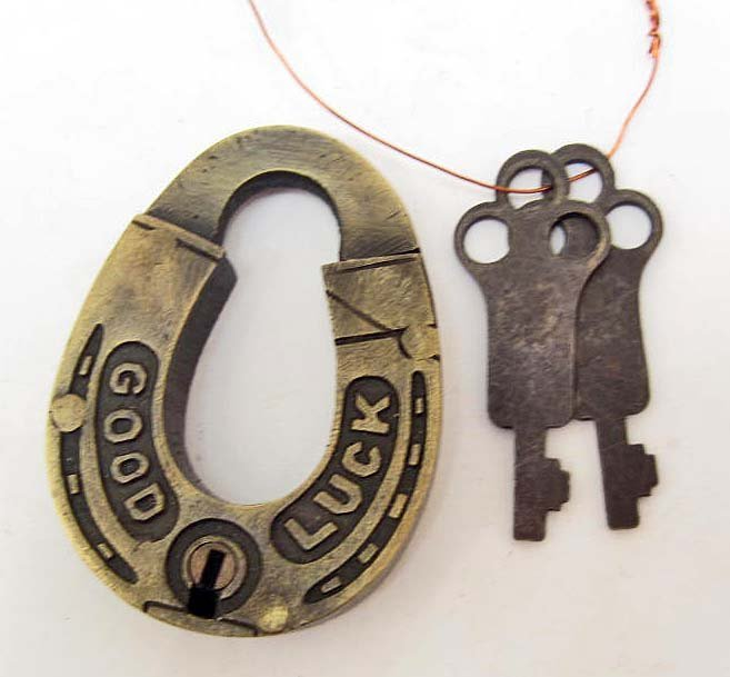 HORSESHOE SHAPED GOOD LUCK PADLOCK W/ 2 KEYS