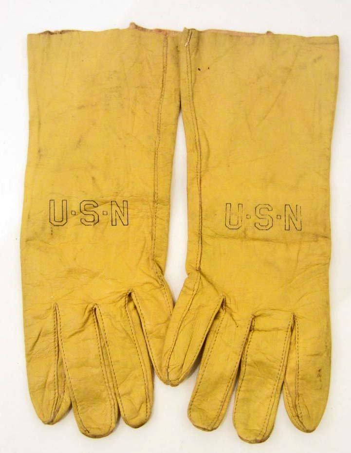 PAIR OF WW2 US NAVY U.S.N. LEATHER PILOTS GLOVES