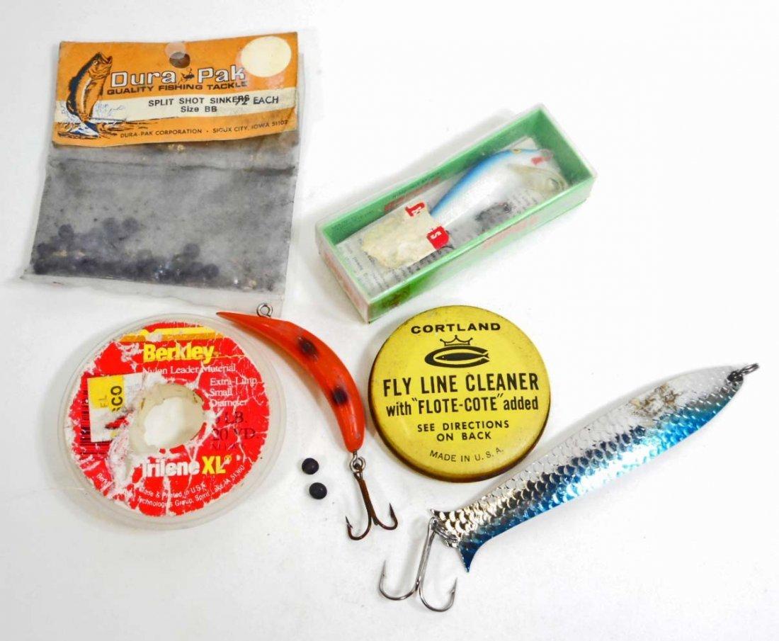 LOT OF VINTAGE FISHING LURES & FISHING LINE