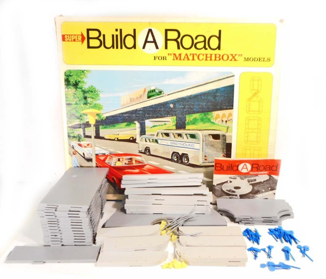 VINTAGE 1960S MATCHBOX BUILD A ROAD MODEL