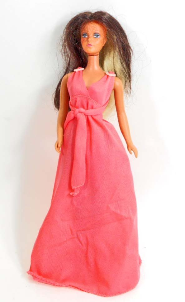 VINTAGE TUESDAY TAYLOR BARBIE DOLL