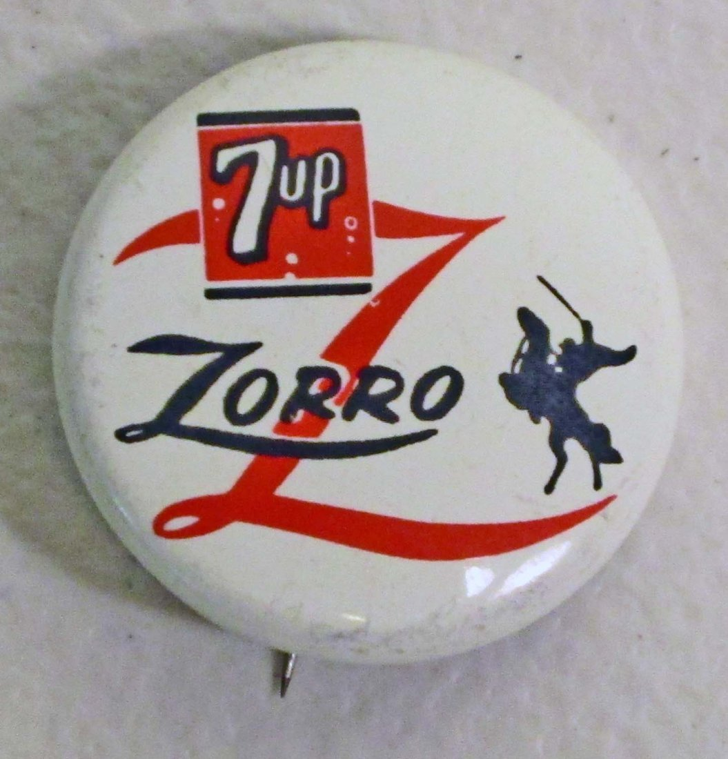 VINTAGE 1957 7 UP ZORRO LICENSED ADVERTISING BUTTON