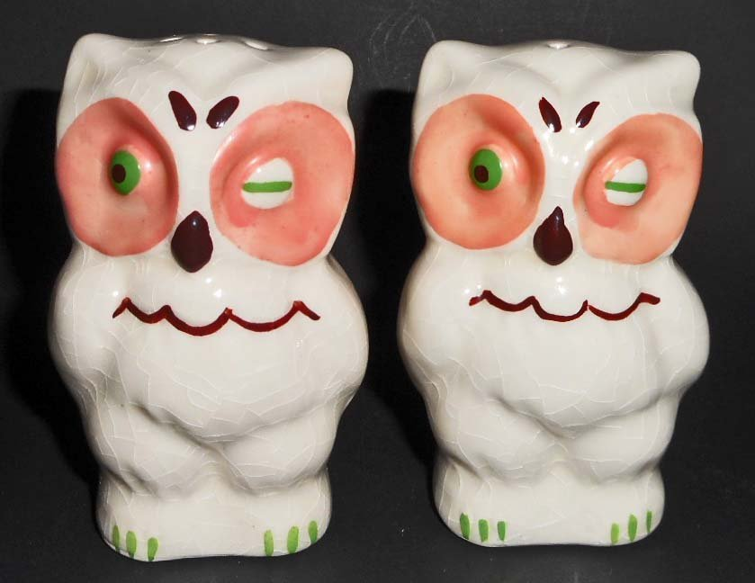 PAIR OF SALT AND PEPPER SHAKERS - OWLS