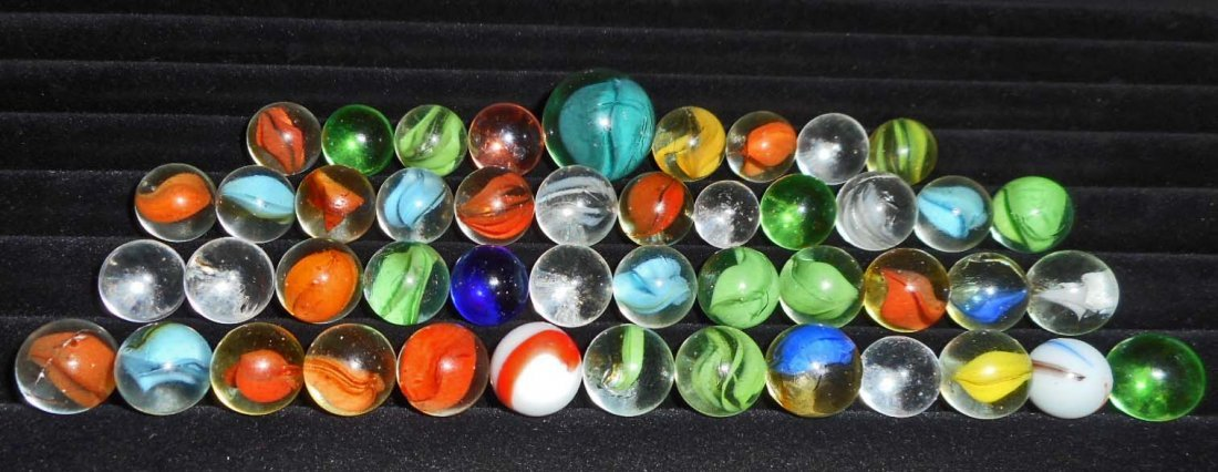 LOT OF APPROX. 45 VINTAGE MARBLES - ONE IS A SHOOTER