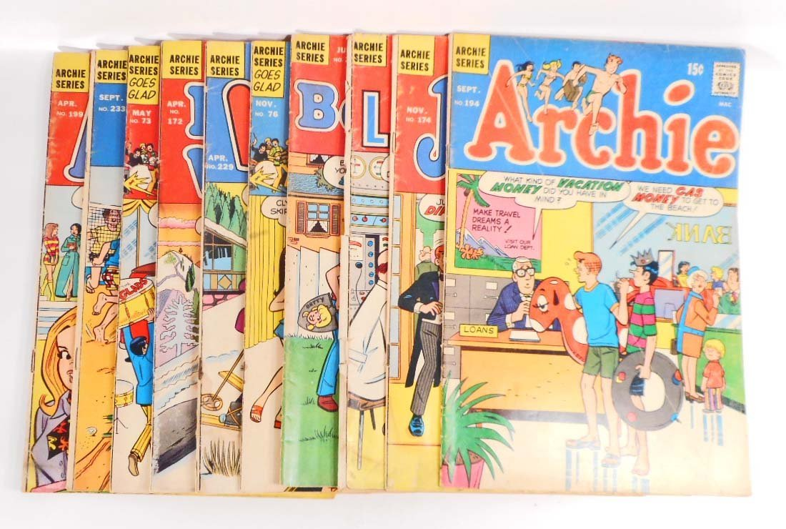 LOT OF 10 VINTAGE ARCHIE SERIES COMIC BOOKS