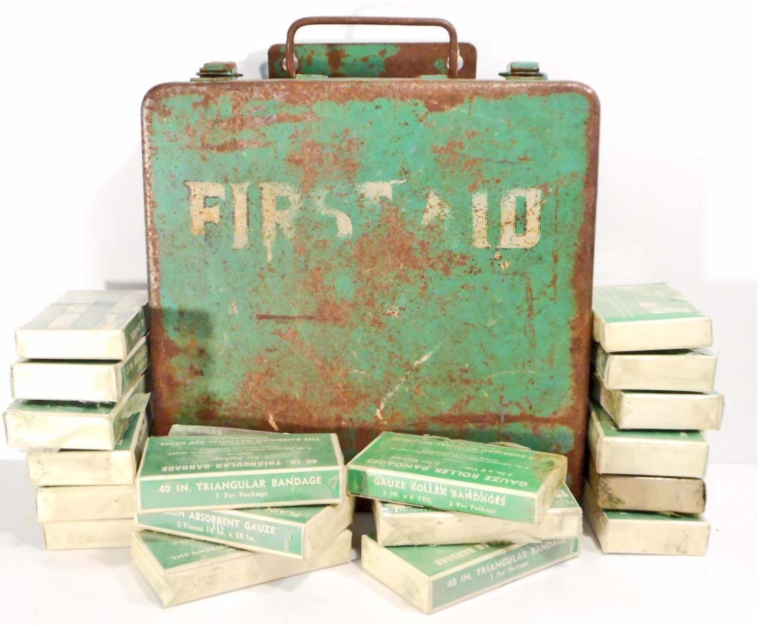 VINTAGE GREEN METAL FIRST AID BOX W/ CONTENTS - WALL