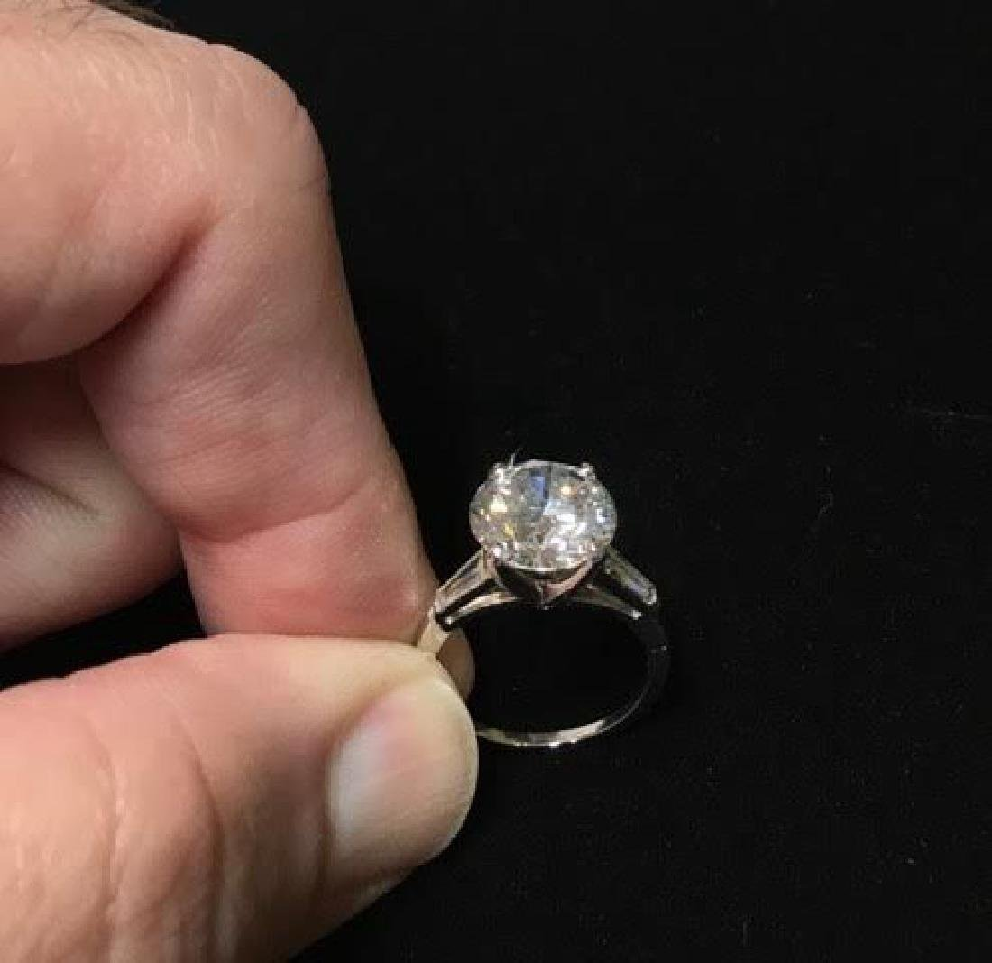 Platinum Engagement Diamond Ring - 3