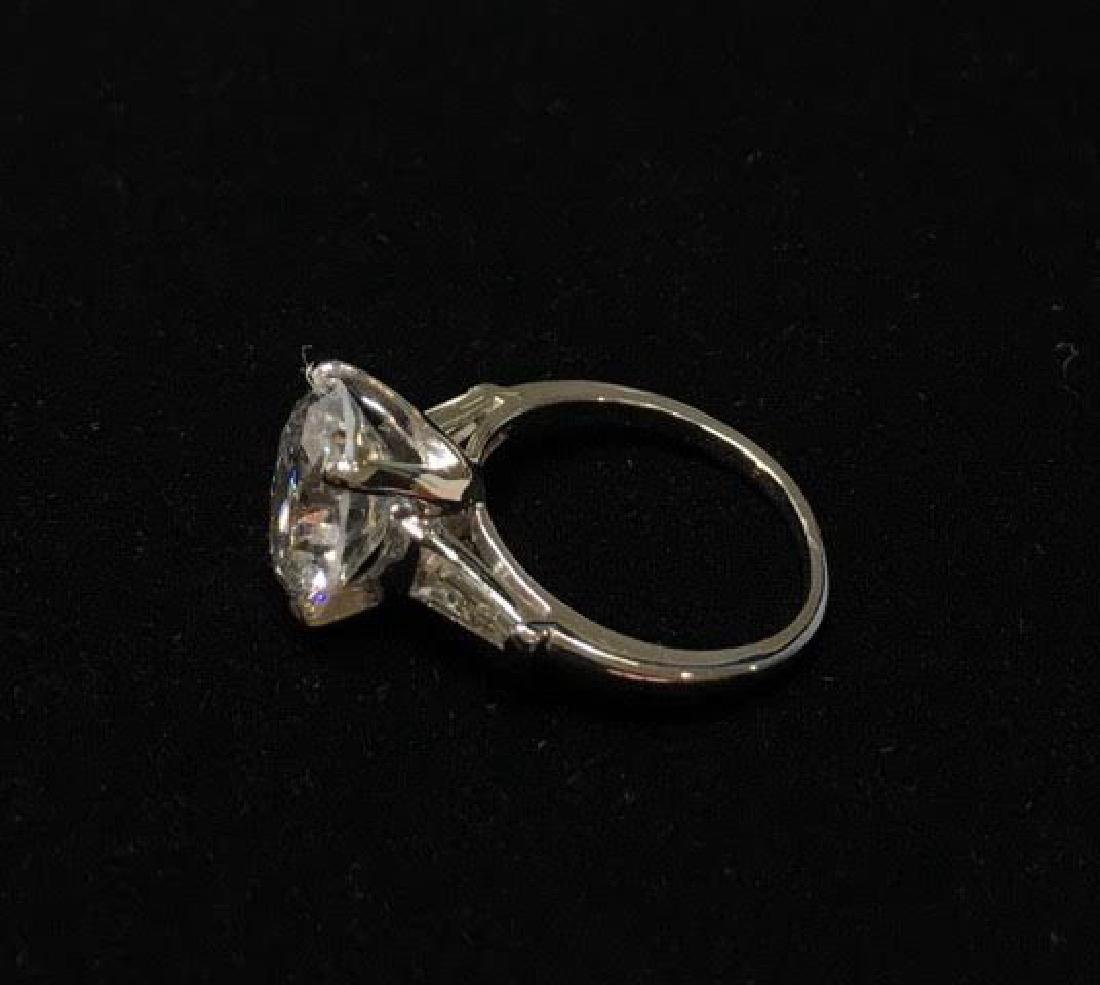 Platinum Engagement Diamond Ring - 8