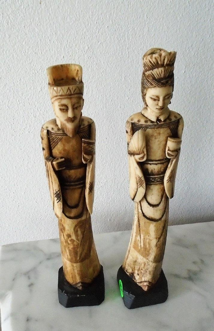 PAIR OF VINTAGE HAND CARVED BONE OF ORIENTAL MAN &