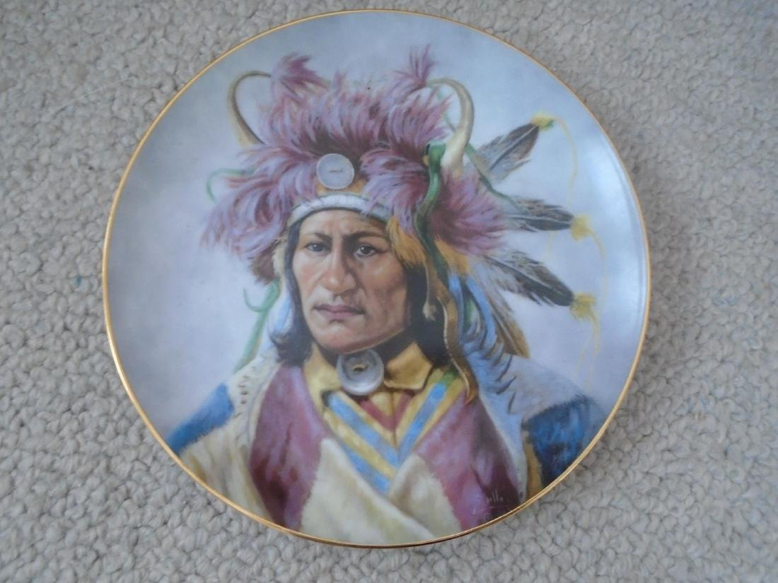 Set of 4 Artaffects Porcelain plates by Gregory - 2