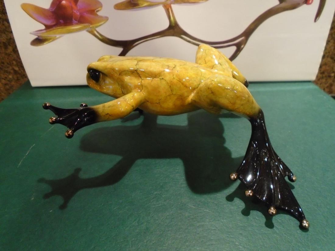 Duke Yellow marbled frog Bronze Sculpture - 5