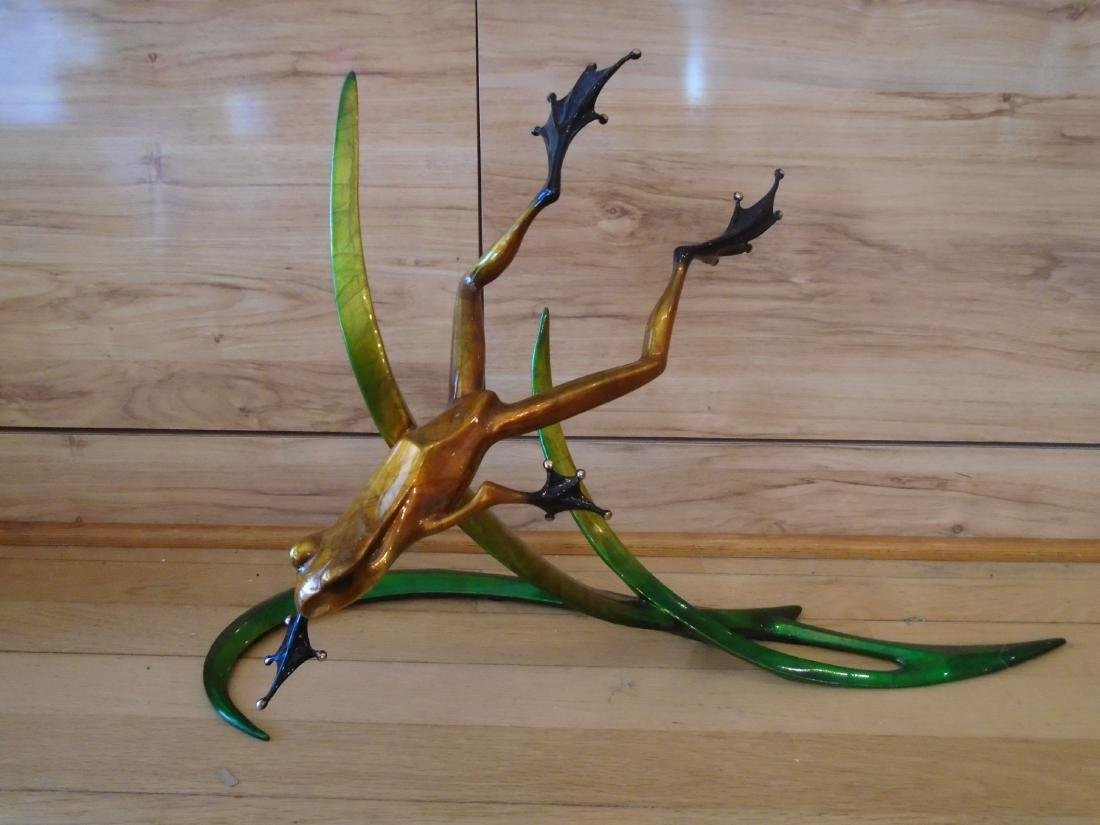 Free Spirit Copper and black frog on a double branch
