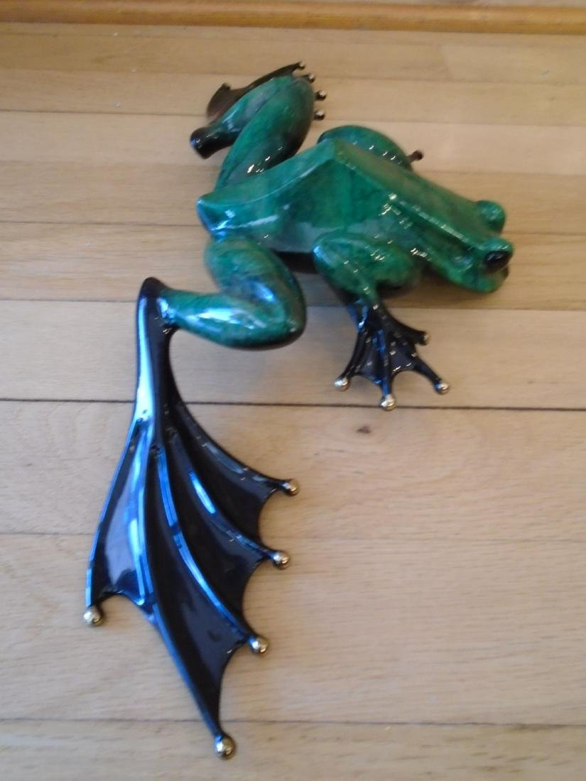 Eavesdropper Large green and black frog Bronze - 3
