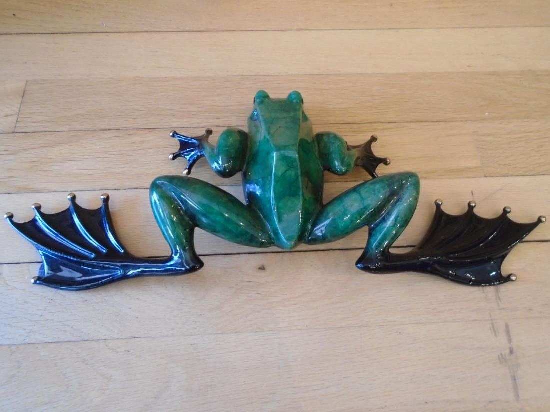 Eavesdropper Large green and black frog Bronze - 4