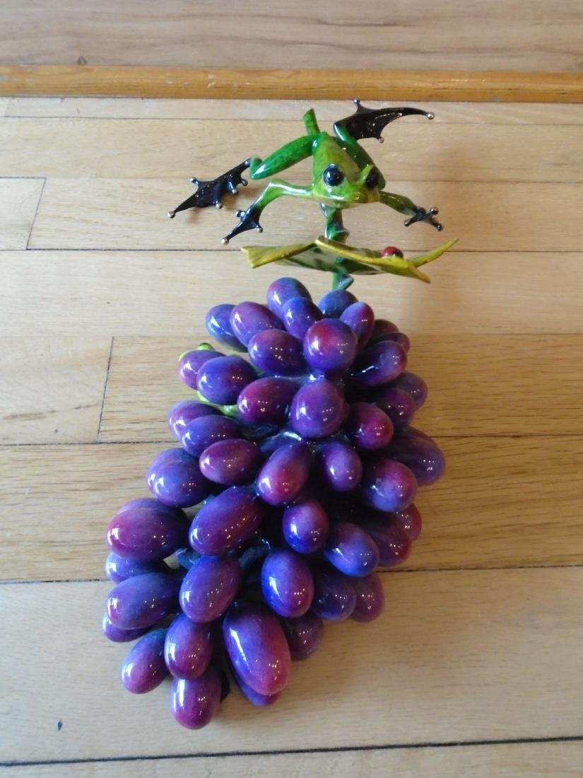 Merlot Green and black frogs with a grape cluster - 7
