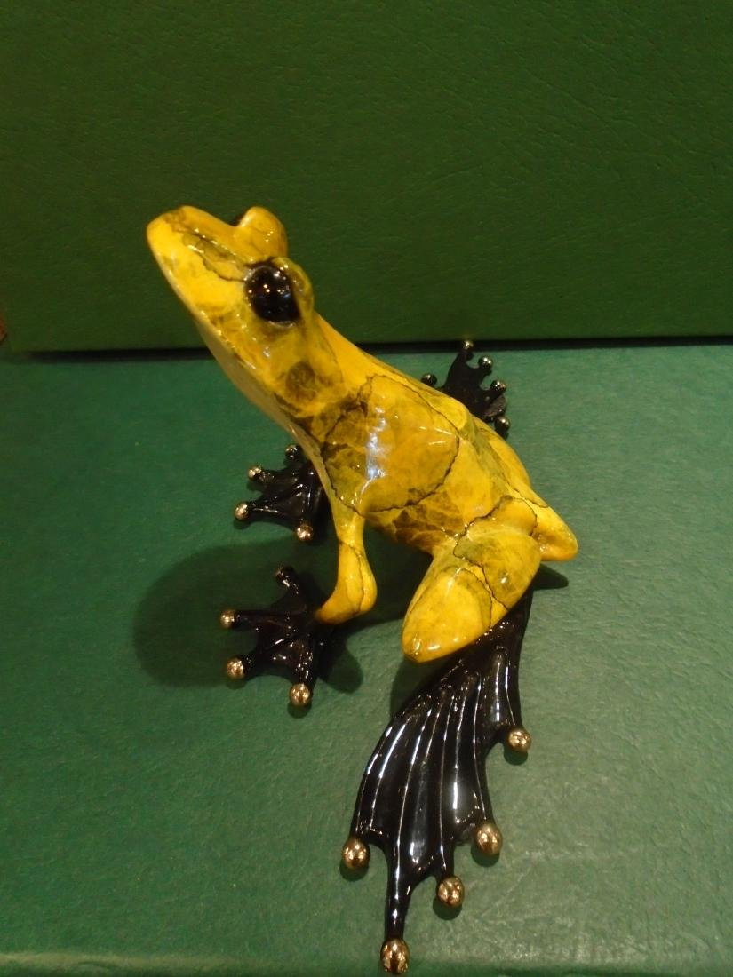 What's Up Yellow and black marbled frog Bronze
