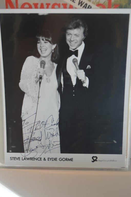 Steve Lawrence Signed 8x10 Promo Photo