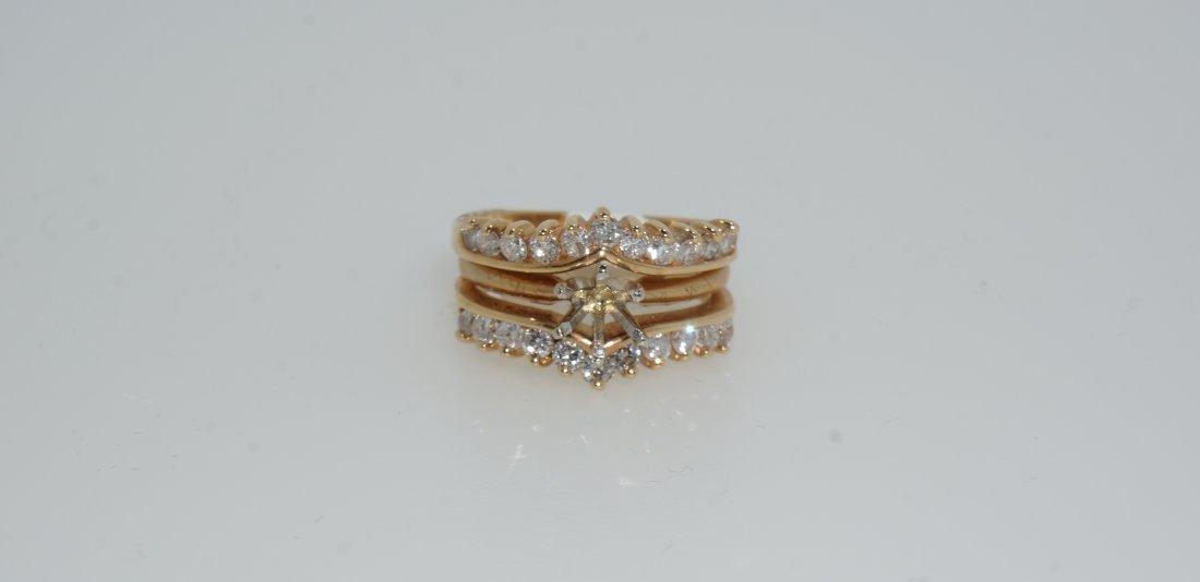Ladies Round Cut Diamond Ring