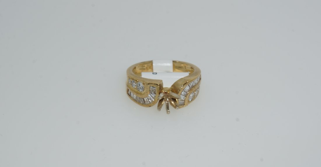 Ladies Baguette and Round Cut Diamond Ring