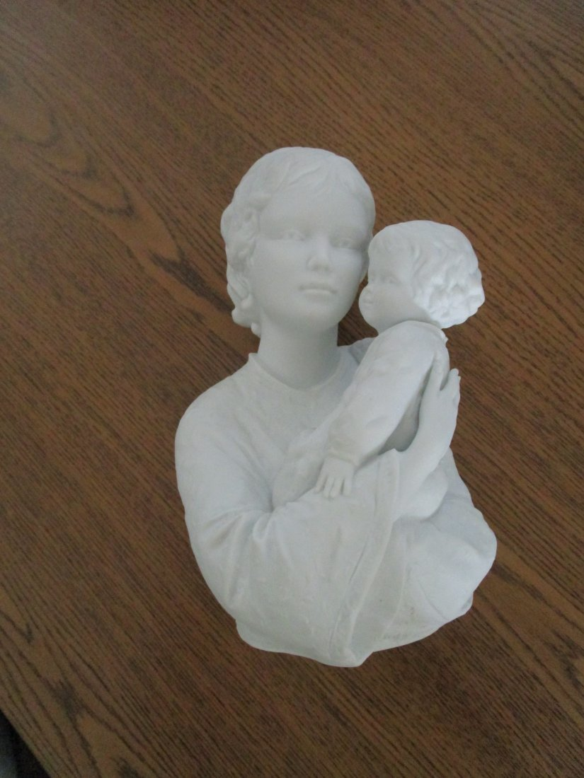 statue porcelain with stand- Judy & child