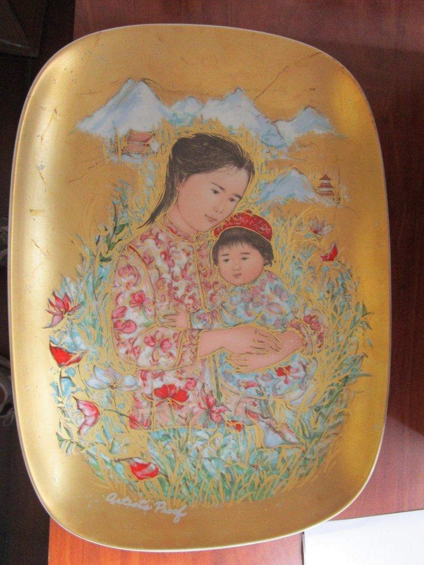 Edna Hibel plaque - mother of Japan & children -