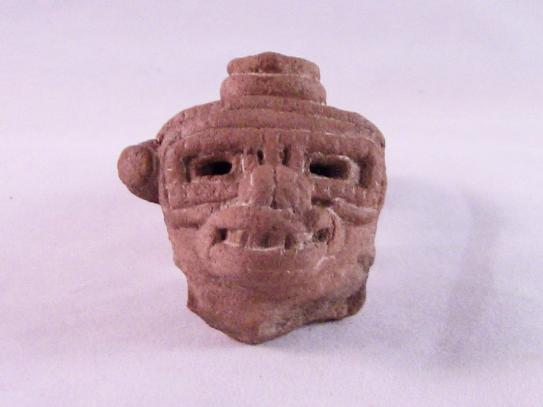 Pre-Columbian Costa Rican Effigy Fragment, Detailed