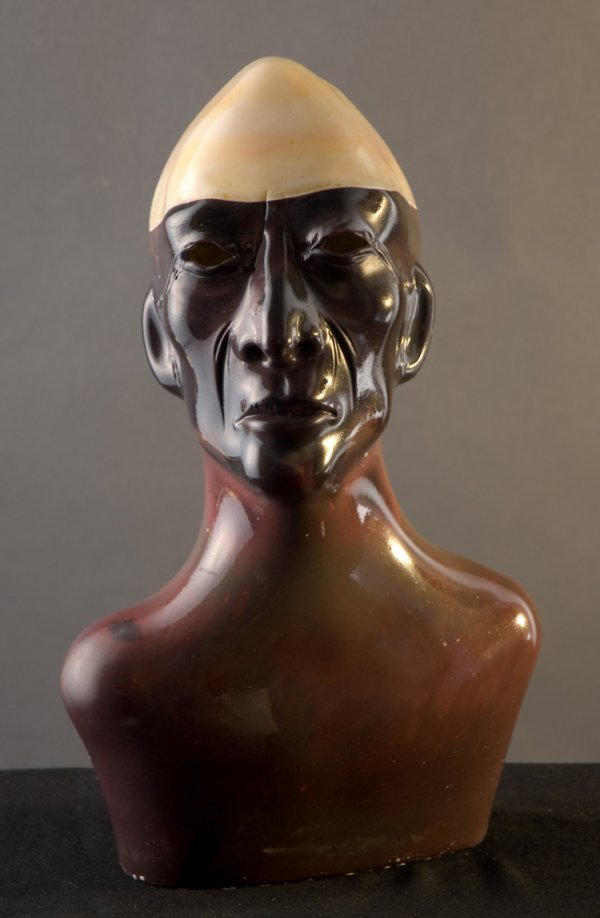3: Sculpted glass head by Martin Janecky
