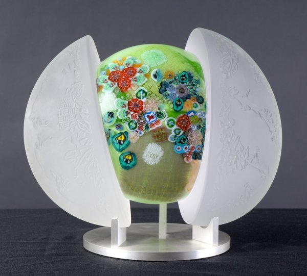 22: Sculpted Glass with stand by Richard Ritter