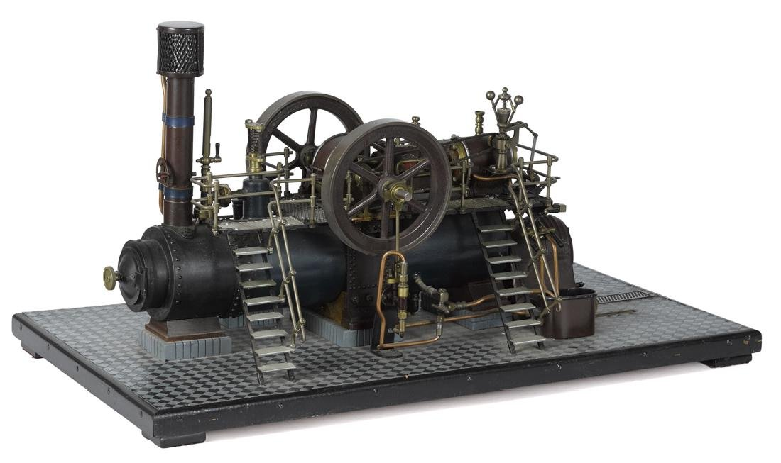 Impressive working model of a double cylinder overtype - 2