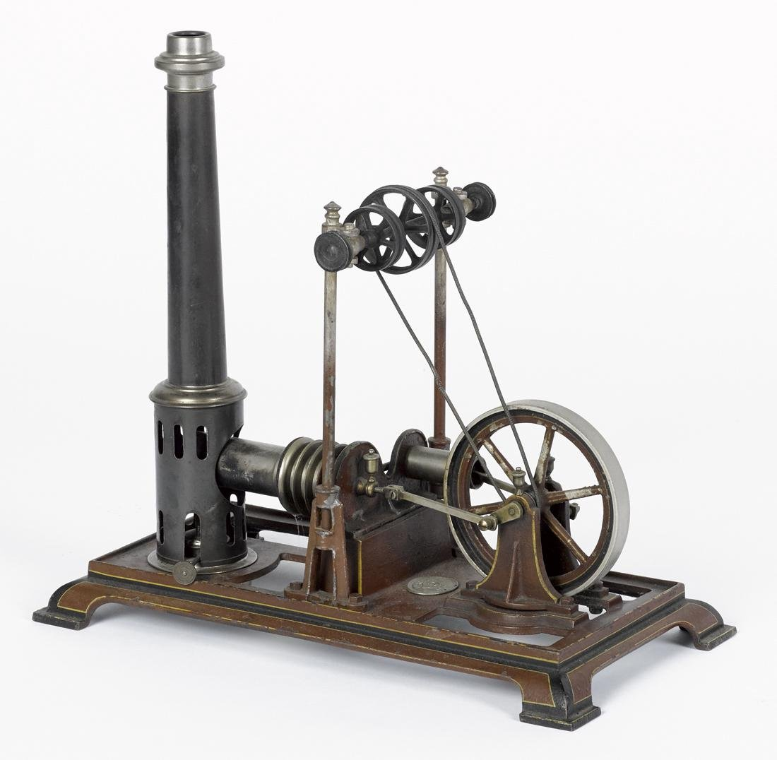 Ernst Plank hot air engine with transmission, mounted