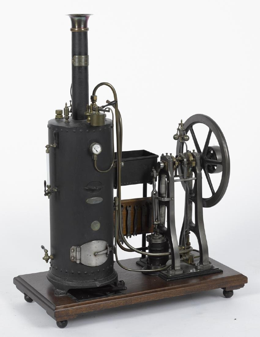 Robustly crafted single cylinder steam engine with