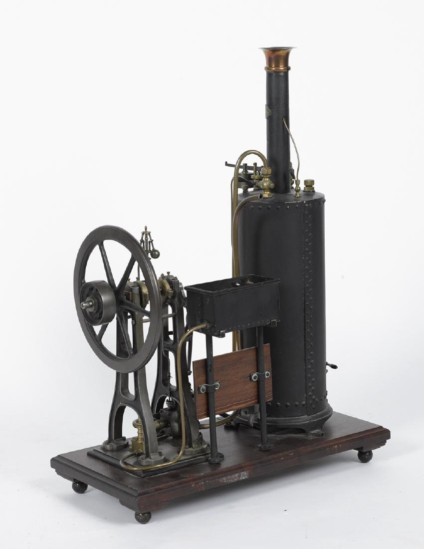 Robustly crafted single cylinder steam engine with - 2