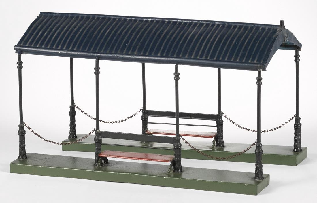 Marklin painted tin canopy train platform with cast