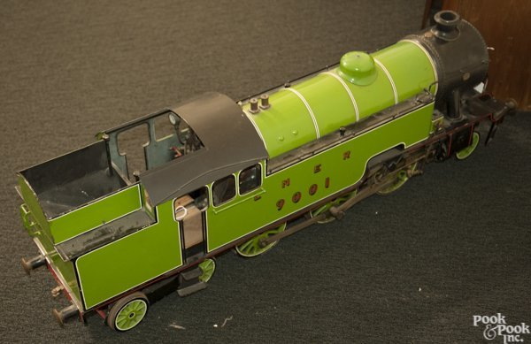 Massive live steam London and North Eastern Railway - 3