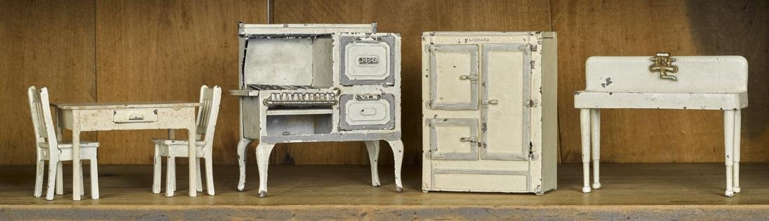 Arcade six-piece cast iron kitchen set, to include a
