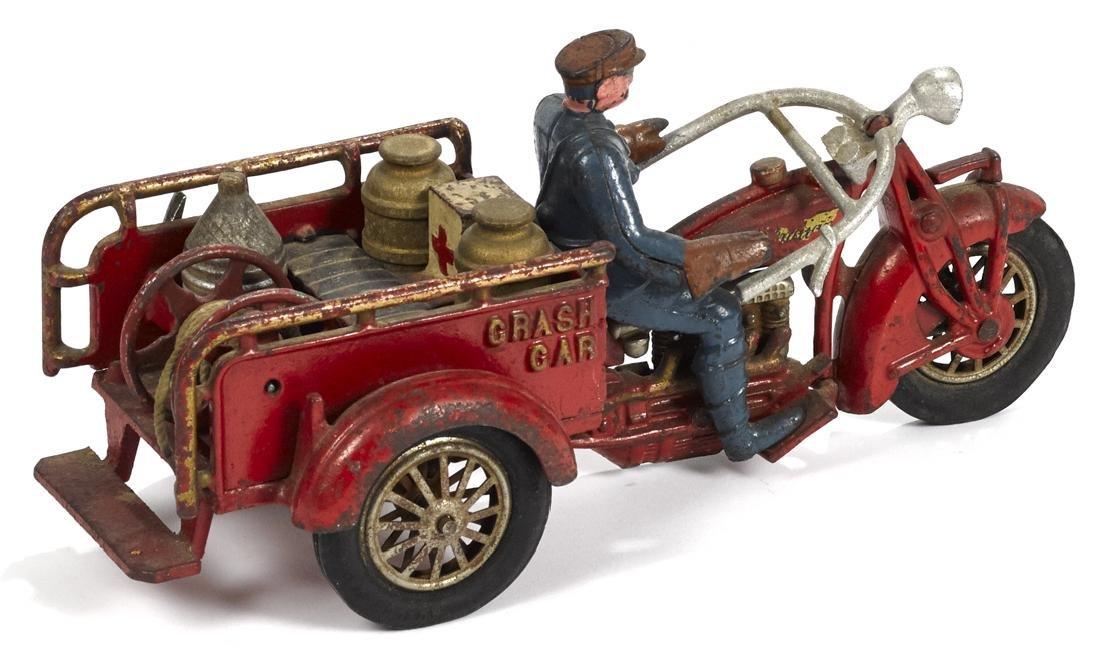 Hubley cast iron Indian Crash Car three-wheel - 2