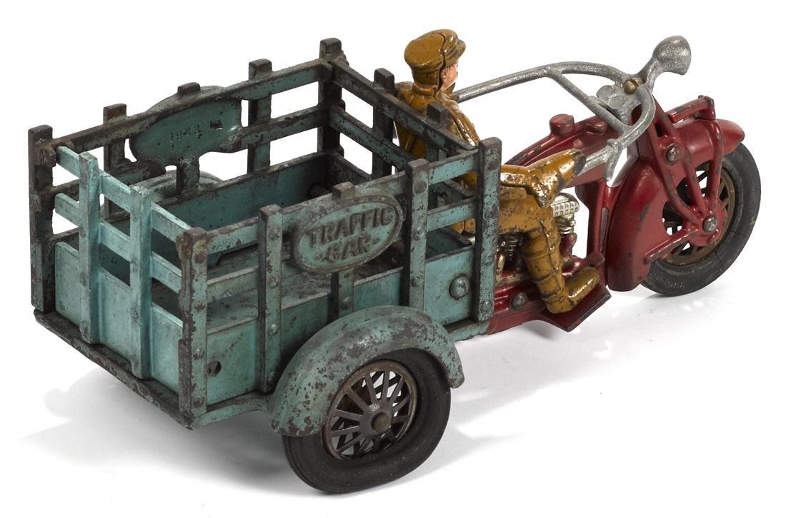 Hubley cast iron Indian Traffic Car three-wheel - 2