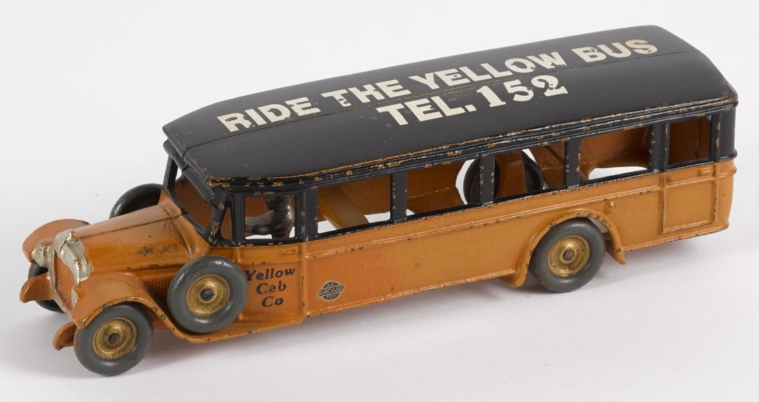 Arcade cast iron Ride the Yellow Bus - Tel. 152 Fageol - 2