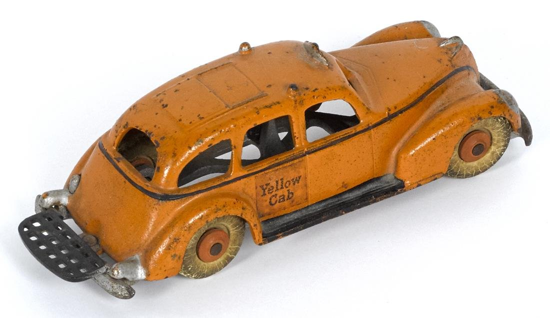 Hubley cast iron Yellow Cab with a painted driver and - 2