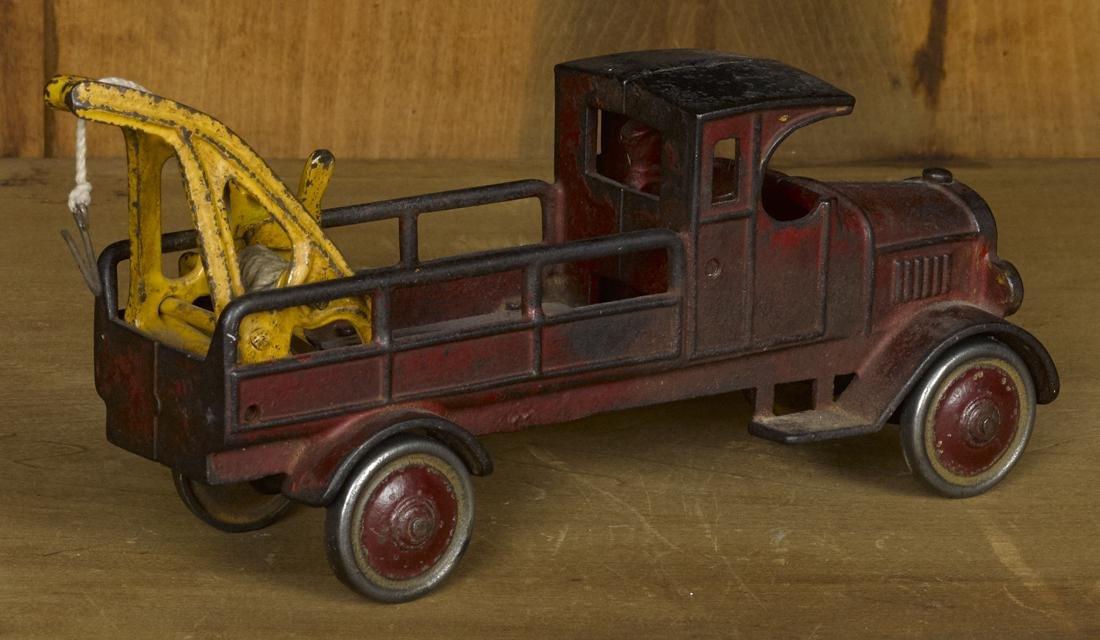 Dent cast iron wrecker truck, 10'' l. - 2