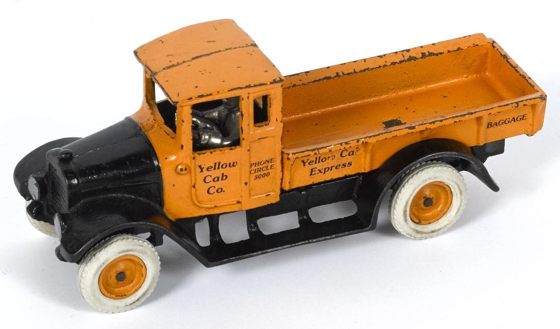 Arcade cast iron Yellow Cab Co. Express Baggage truck