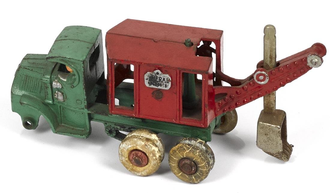 Hubley cast iron General steam shovel truck with a - 2