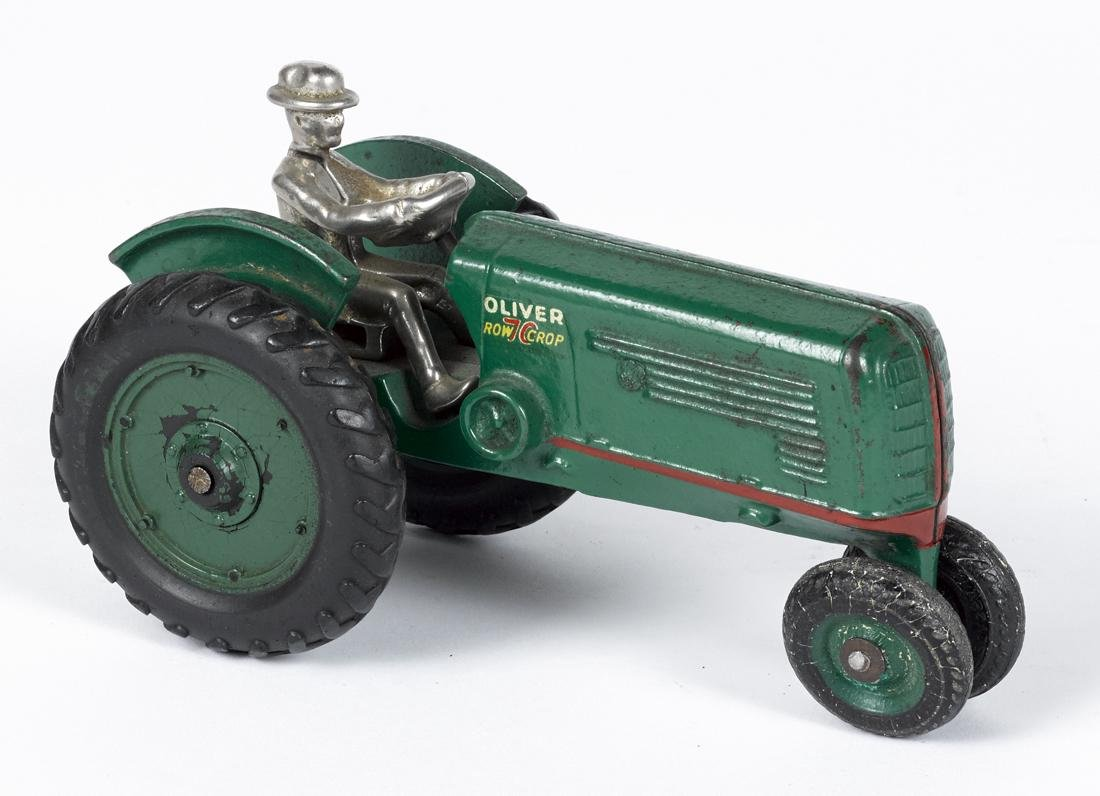 Arcade cast iron Oliver 70 New Crop tractor with a