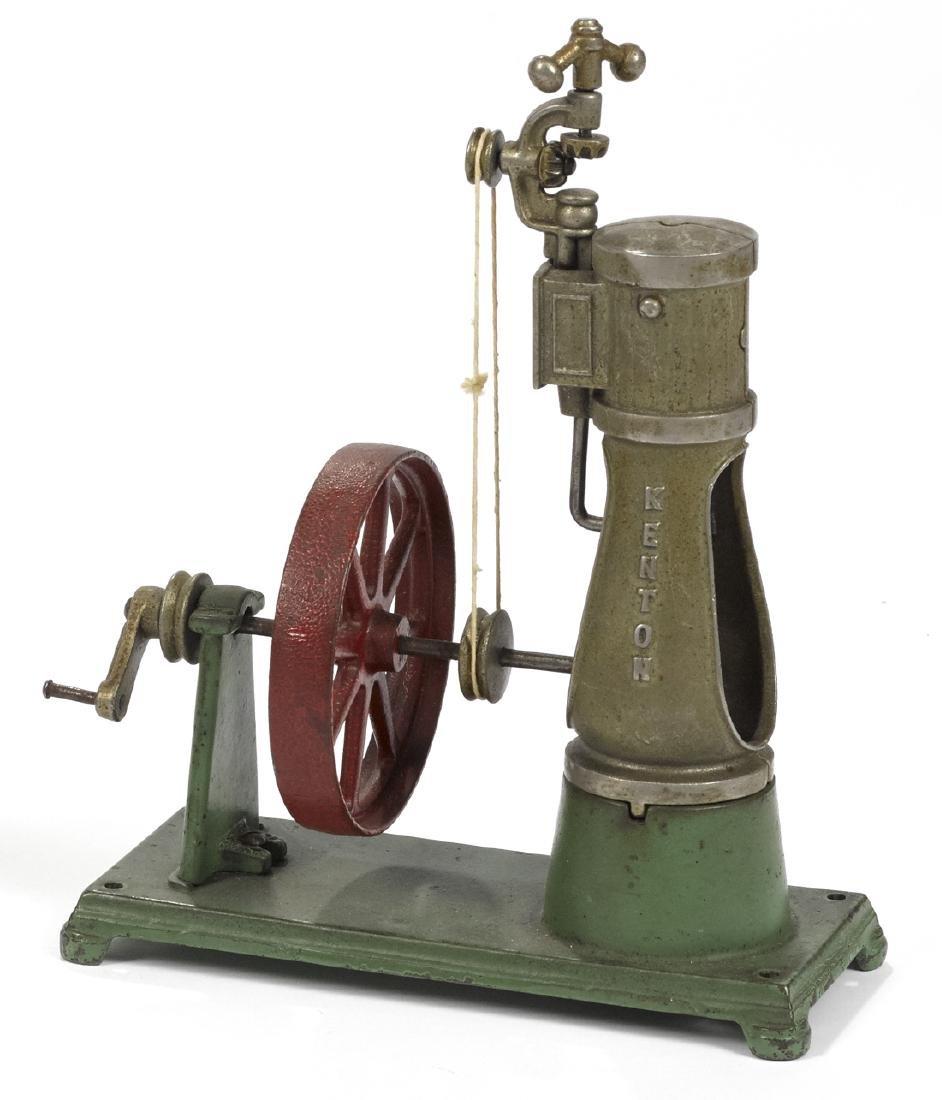 Kenton cast iron vertical engine, mounted to a platform - 2