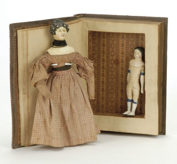 23: Lot: 2  Small Papier Mache Dolls