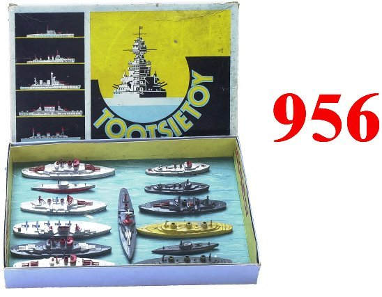 956: Tootsietoy Fleet Boxed Set