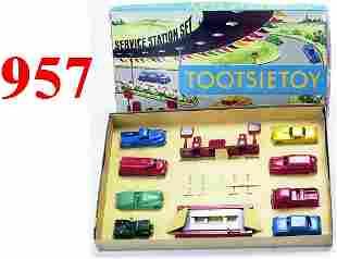 Tootsietoy Boxed Service Station Set