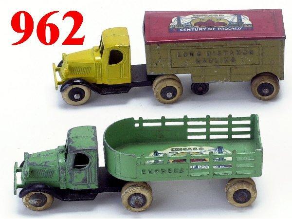 962: Lot: 2 Tootsietoy Tandem Trucks with Wor