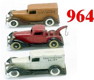 Lot: 3 Tootsietoy Graham Trucks