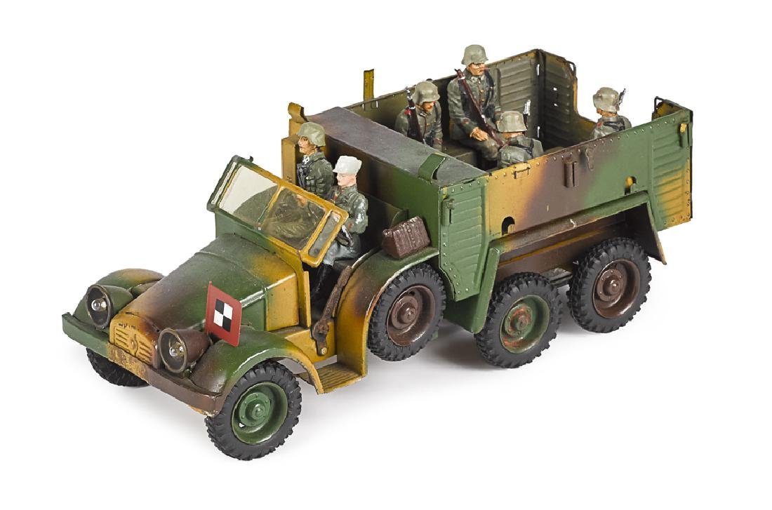 Lineol camouflage painted tin clockwork truck